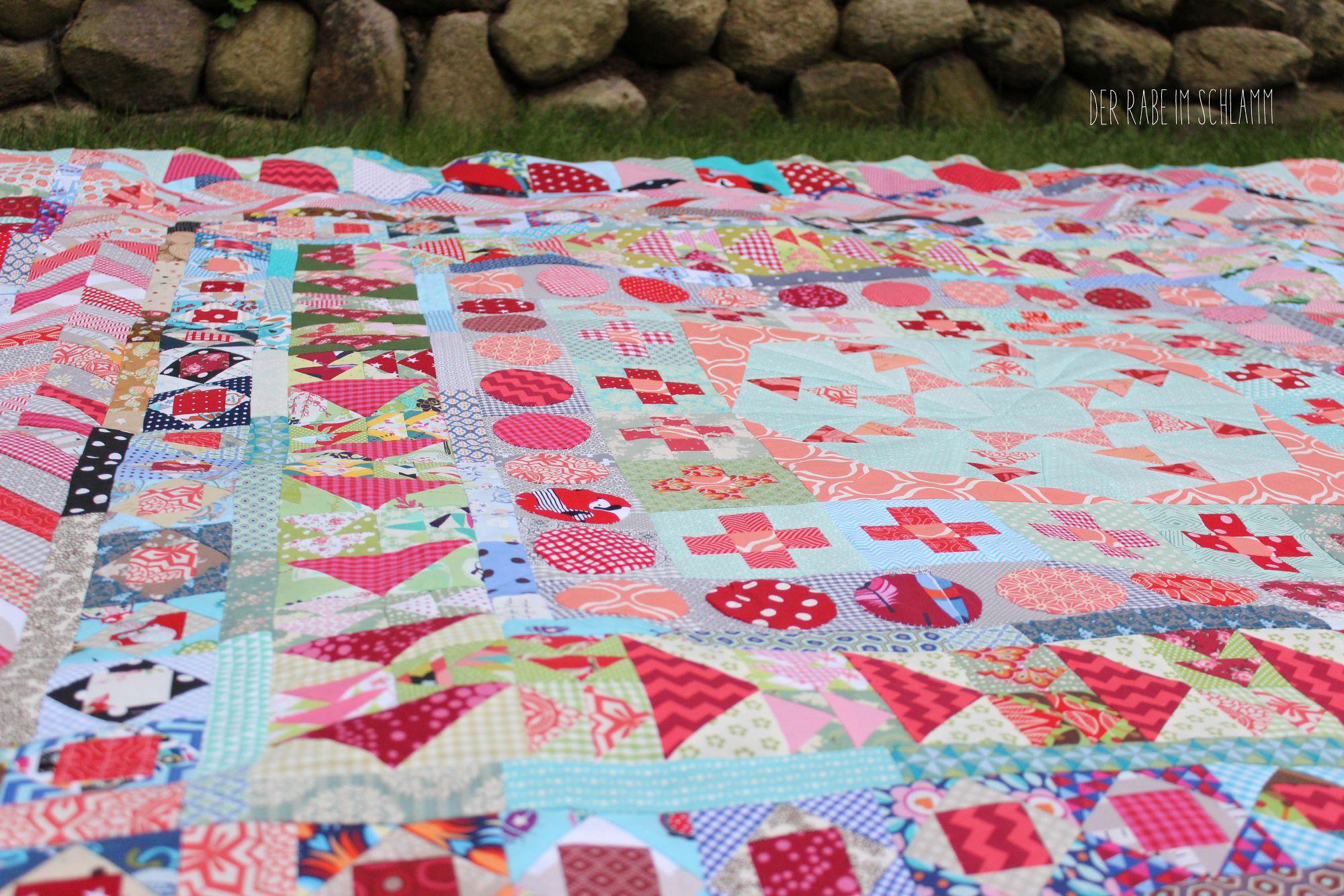 Der Rabe im Schlamm, Bernina Medaillon Quilt Along, Quilt, Medaillon Quilt, Patchwork, Scrappy Quilt