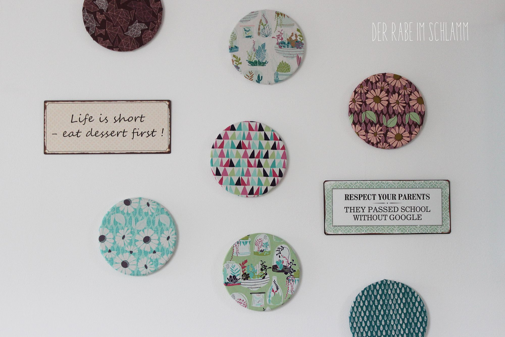 Pinnwand, Stoff, Succulence Fabrics, Der Rabe im Schlamm