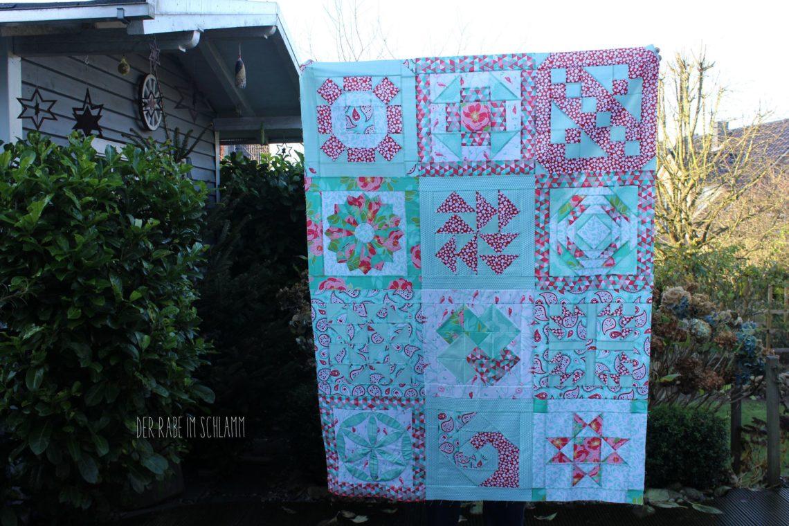 Der Rabe im Schlamm, Quilt, 6 Köpfe 12 Blöcke, Quilttop, Quiltblock, Riley Blake, The Cottage Garden, Primrose Garden